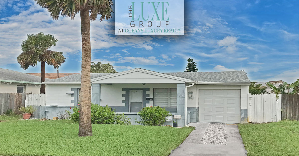 Daytona Beach Pool Home For Sale - Just SOLD by The LUXE Group 386-299-4043