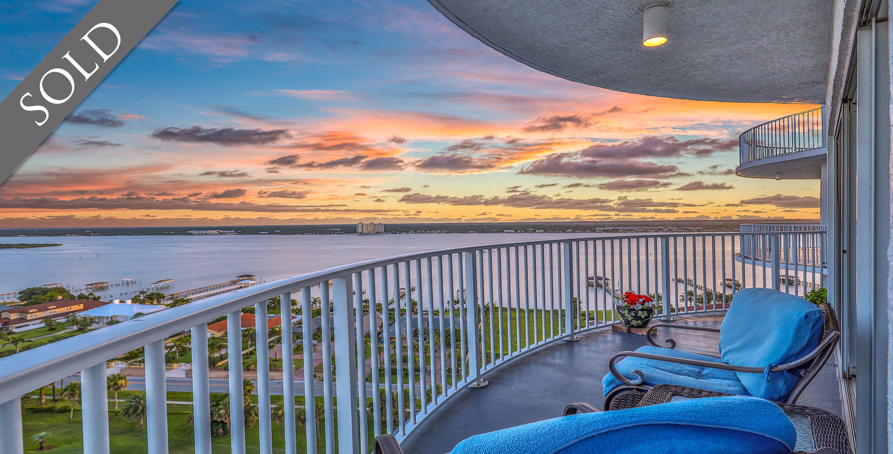 Oceans Grand ocean view condos For Sale at 2 Oceans West Blvd  Daytona Beach  Shores The LUXE Group 386-299-4043