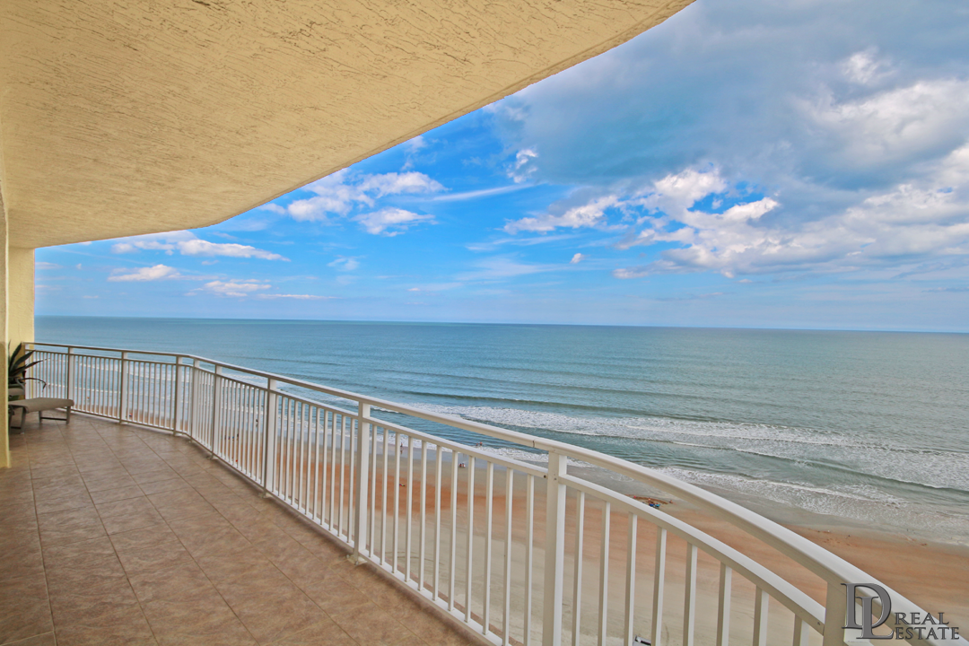 Island Crowne 1104 - Daytona Beach - FL Oceanfront Condo - Private Wrap-around Balcony