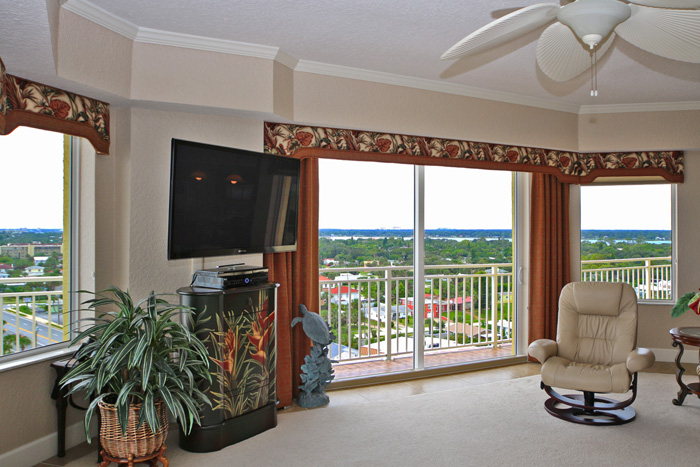 Daytona Beach Oceanfront Condo For Sale. Island Crowne Unit 1004 River View Living Room. 1900 N Atlantic Ave